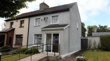 Well located semi-detached residence off Western Road, Clonmel for €155,000