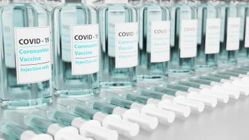 Minister confirms 40-44 Covid-19 vaccine registration window