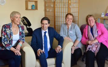 Health Minister applauds work of Tipperary Town cancer care centre