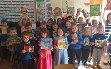 PICTURE GALLERY: Barnane NS celebrate World Book Day