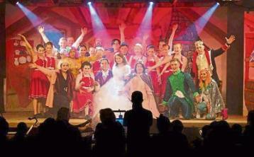 'Cinderella' enthralls & pokes fun in Cashel