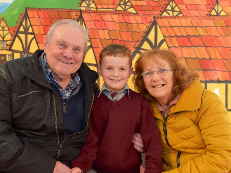 https://www.tipperarylive.ie/resizer/750/563/true/1581673244800.jpg--grandparents_enjoy_a_very_special_day_at_school_in_tipperary_town.jpg?1581673244000