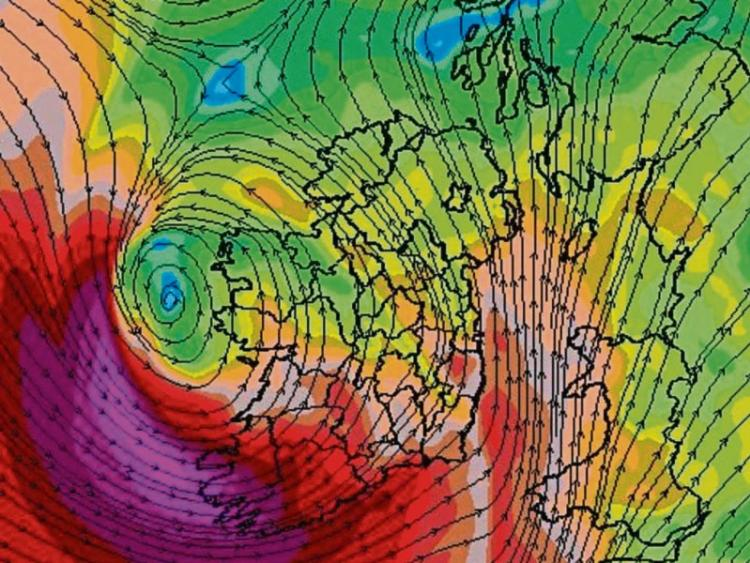 SHOCK map shows Storm Hannah barrelling toward United Kingdom at 70mph TODAY