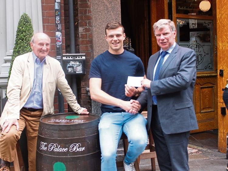 Tipperary senior hurling goalkeeper Brian Hogan receives €1,000 bursary