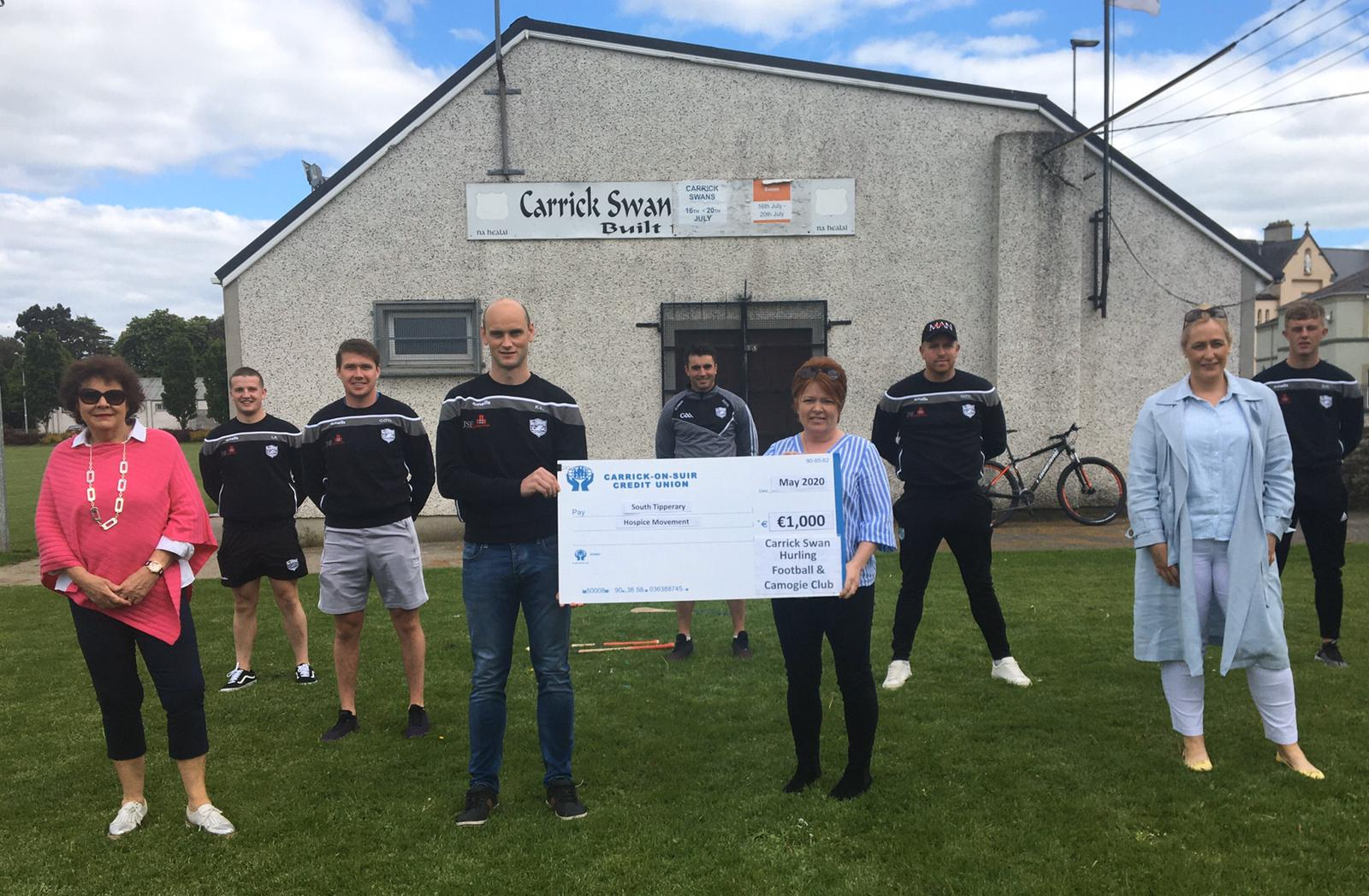 Swan Club presents cheque to South Tipperary Hospice Movement